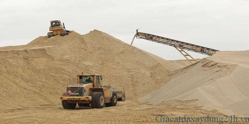 """Bão cát xây dựng """" cát san lấp, cát xây tô, cát bê tông."""